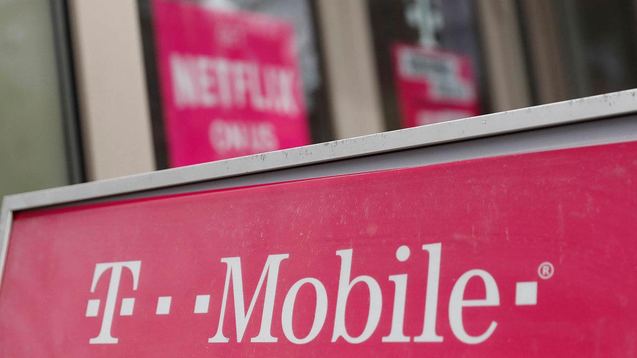Počet mobilních zákazníků stoupl firmě o půl procenta na 6,19 milionu.