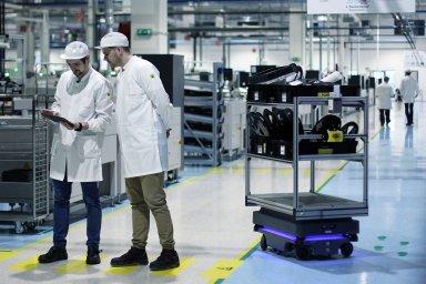 Roboty MiR200 optimalizují logistiku a zefektivňují pracovní procesy ve slovenském výrobním závodě Visteon
