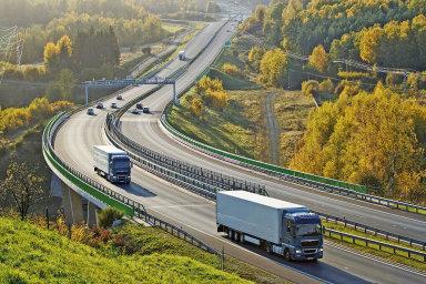 Česko bude disponovat dvěma systémy na provoz mýta. Vedle satelitů bude i nadále vlastnit mýtné brány, které poplatky od kamionů vybírají dnes. – Ilustrační foto.