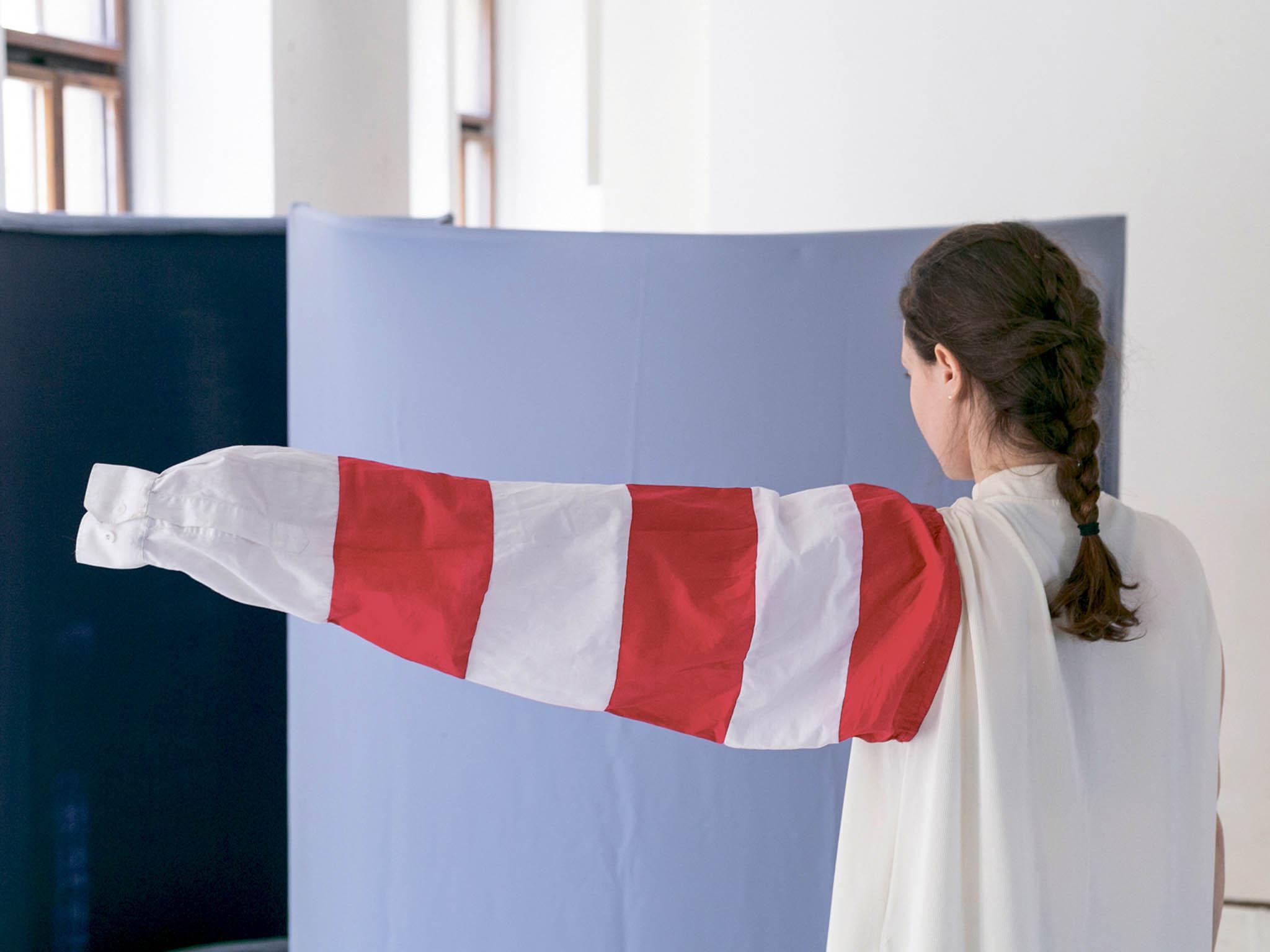 Mezinárodní festival současného umění zaplní labyrint místností vneorenesančním Desfourském paláci obrazy, sochami, instalacemi, fotografiemi avidei odvíce než padesáti současných umělců.