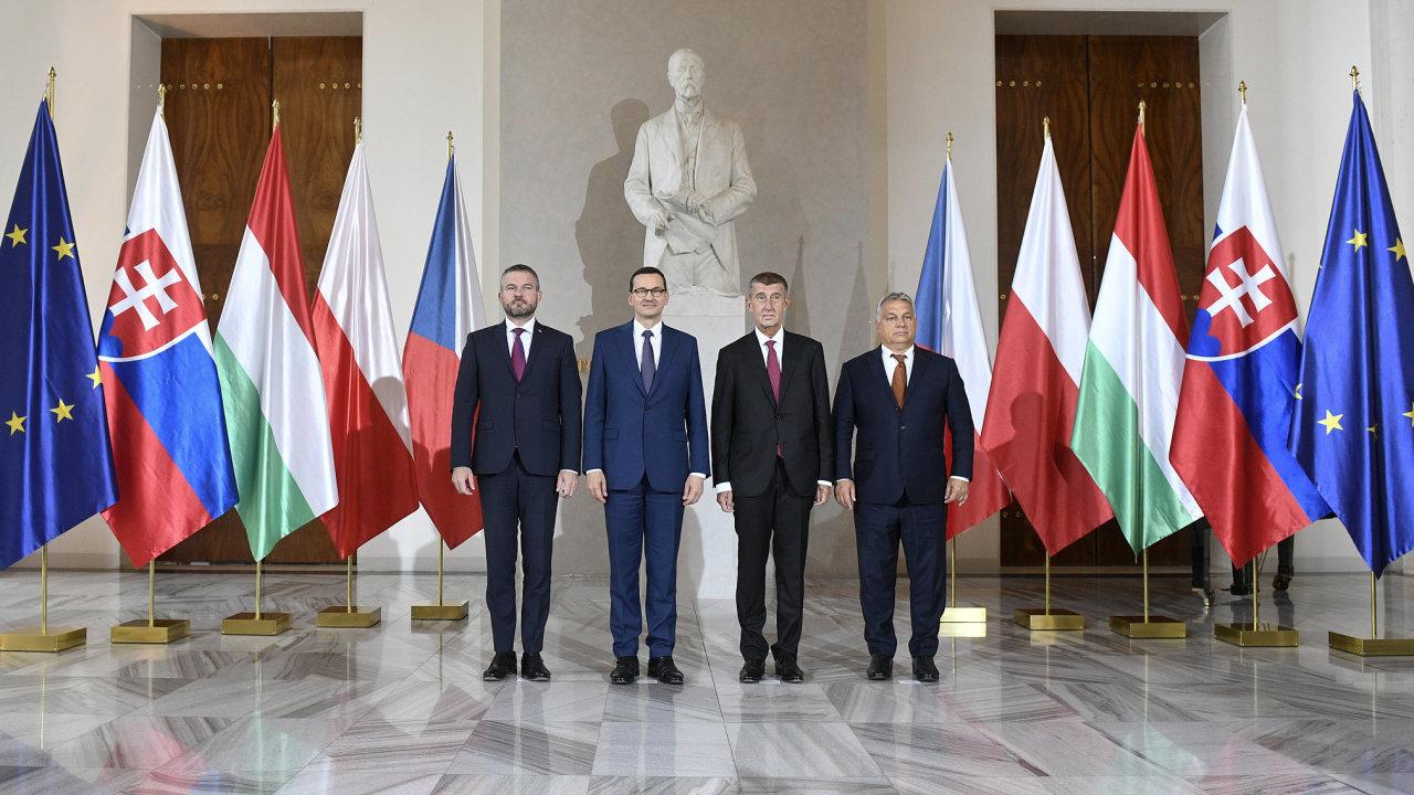 Tři ze čtyř zemí V4 nesplnily povinnosti plynoucí z práva EU.