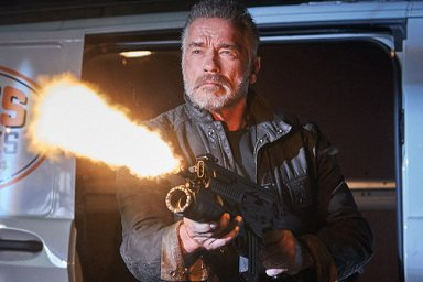Schwarzenegger je zpět. Nový Terminátor je nejlepší díl ságy za čtvrtstoletí.