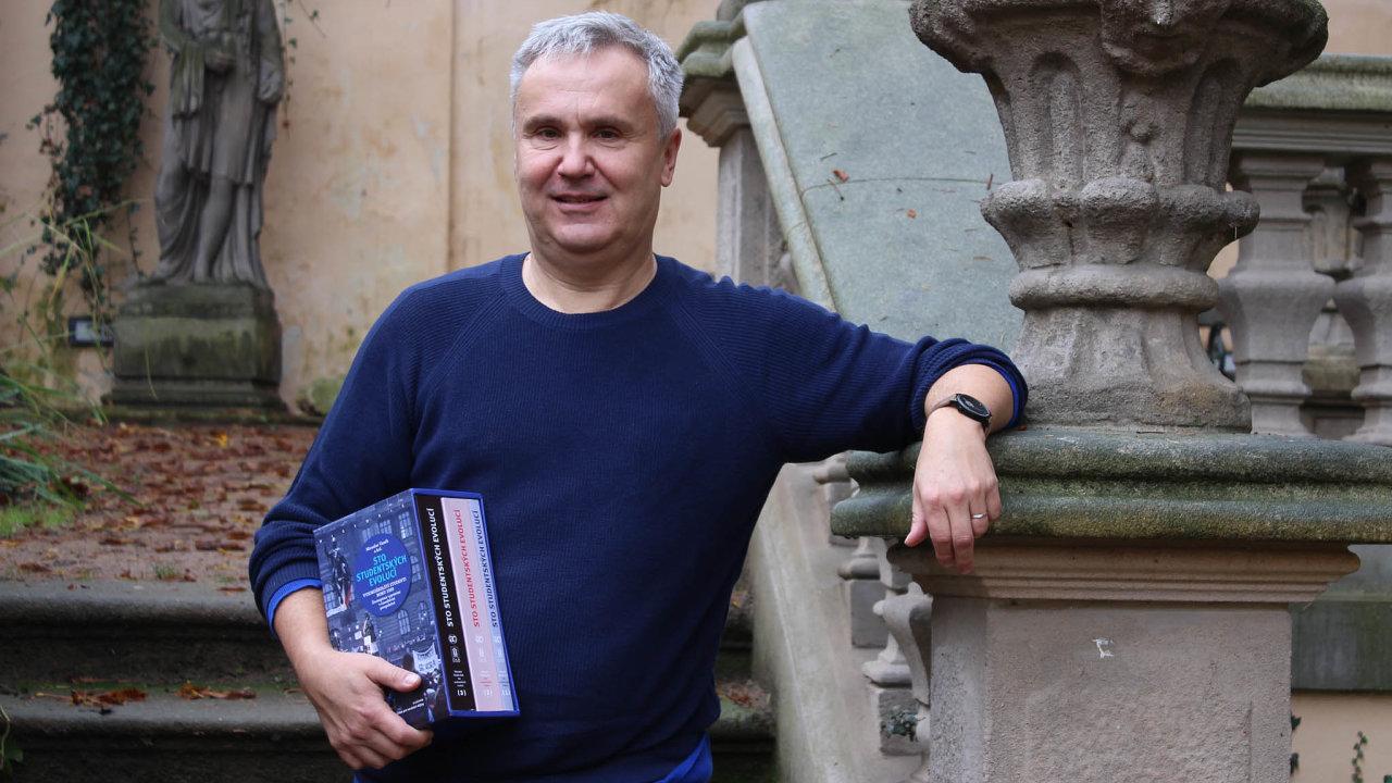 Ředitel Ústavu prosoudobé dějiny Miroslav Vaněk vedl tým, který výzkum provedl.