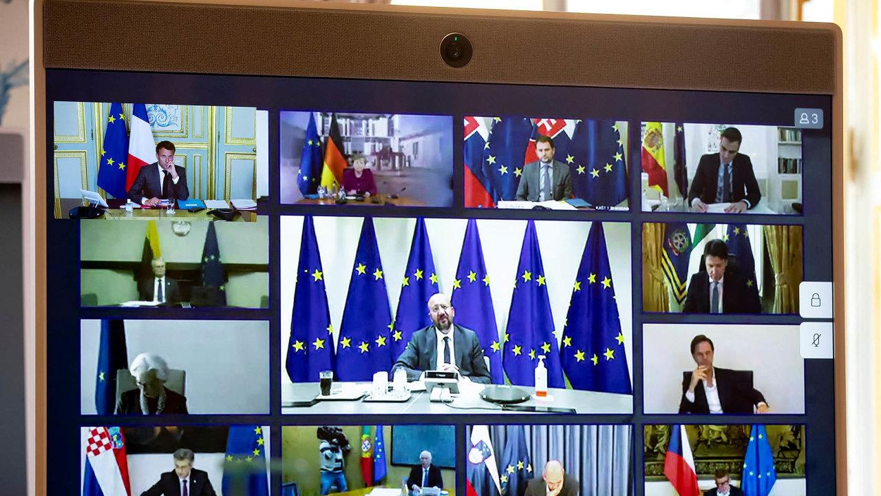 Kvůli pandemii spolu i lídři členských zemí EU můžou jednat jen pomocí videokonference. Dohodli se, že EU dá dohromady největší balík peněz ve své historii. Nejspíš ale půjde hlavně o půjčky.