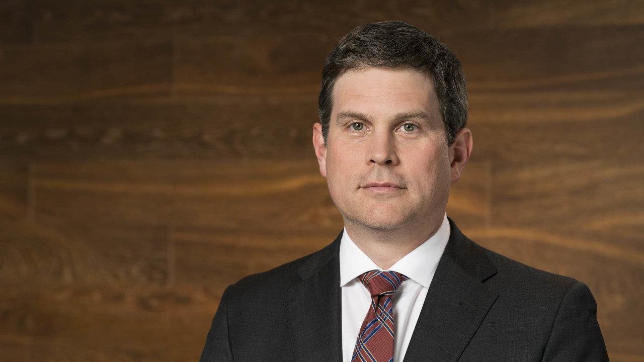 James Sweeney působí jako hlavní ekonom ainvestiční ředitel nadnárodní banky Credit Suisse vNew Yorku. Bidenova převaha vpředvolebních průzkumech podle něj uklidnila trhy.