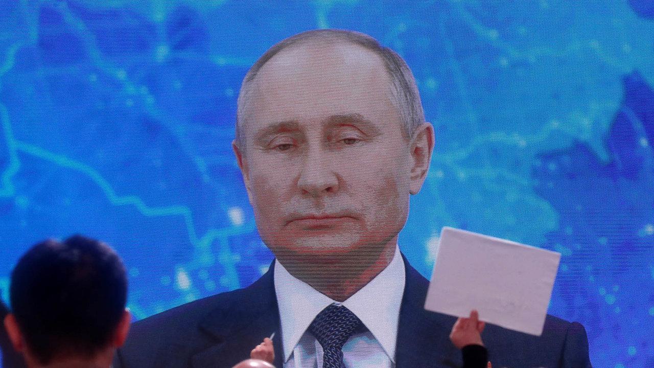 Proč bychom ho měli otrávit? To je směšné. Kdybychom chtěli, tak to dotáhneme dokonce, říká Vladimir Putin, prezident Ruska.