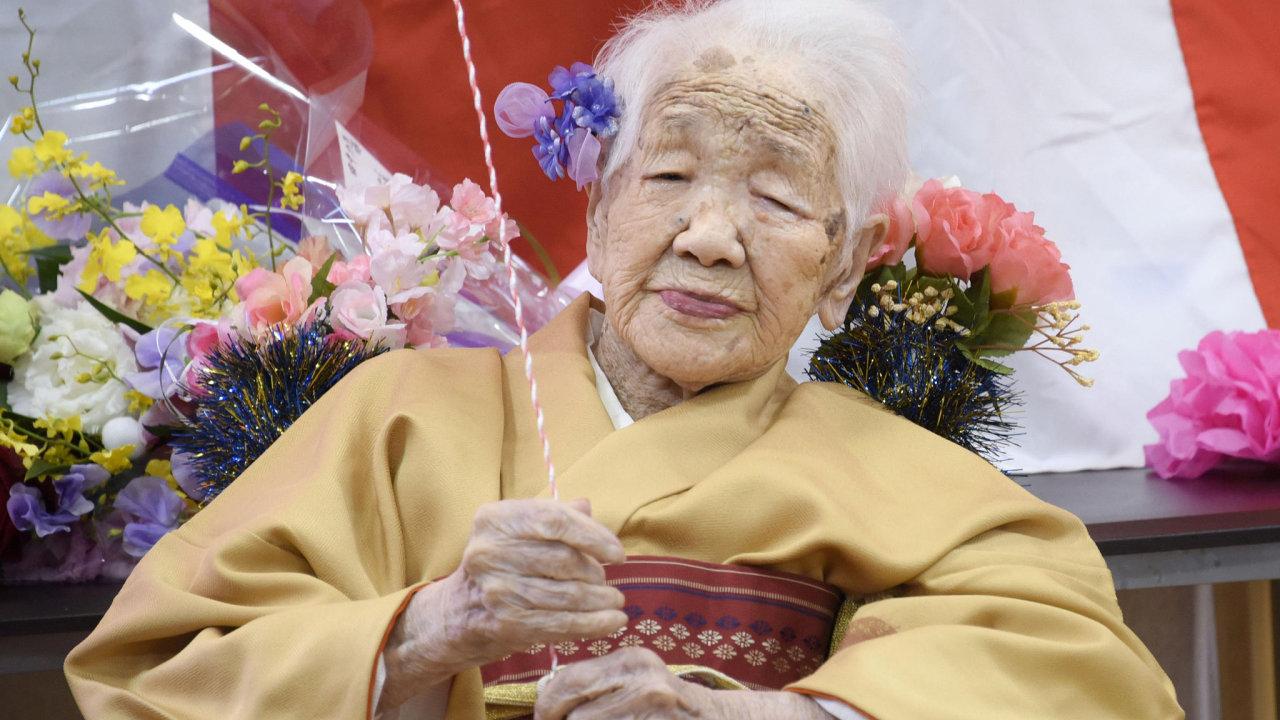 Tanaka Kane se 2. ledna stala první Japonkou, která se dožila 118 let. Se stále se zvyšující dlouhověkostí v zemi by brzy nemusela být jediná.