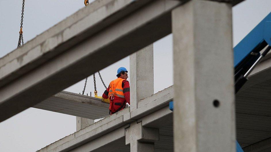 Stavba nového Centra Černý Most