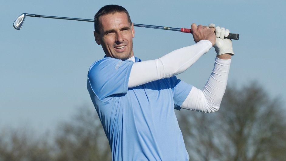 Bývalý desetibojař Roman Šebrle oznámil ve Vysokém Újezdě na Berounsku start své golfové kariéry
