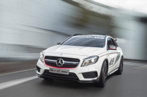 Nejsilnější čtyřválec světa se dostal i do nového Mercedesu. Stovku pokoří pod 5 sekund