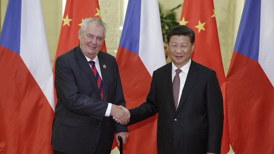 Český prezident Miloš Zeman se sešel se svým čínským protějškem Si Ťin-pchingem.