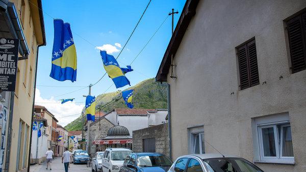 M�sto Mostar, Bosna a Hercegovina, vlajka