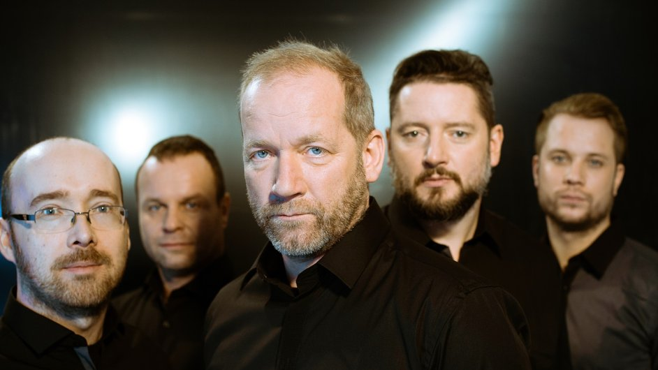 David Koller první koncert odehraje 16. září na nádvoří pivovaru Staropramen v Praze.