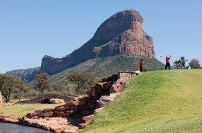Když golfisté křičí Wow! Za výjimečnými golfovými zážitky soukromým tryskáčem nebo do deštného pralesa