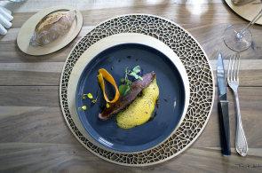 Gastroakce pro druhou polovinu léta: Francouzský kuchařský host V Zátiší i cibulová slavnost na česko-rakouských hranicích