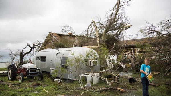 Hurikán Harvey za sebou nechává obrovské škody.