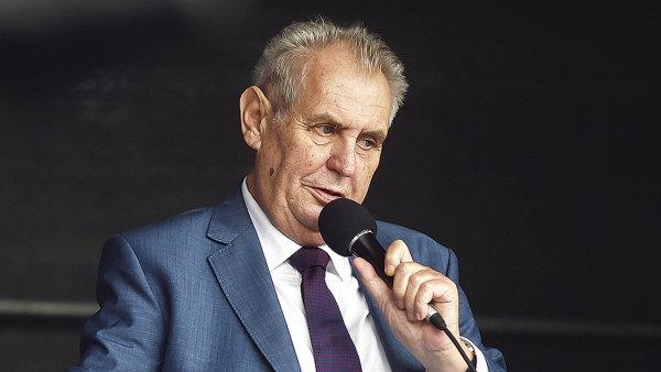 Miloš Zeman vede v preferencích prezidentských kandidátů.