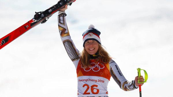Zlatý sen z bílého svahu. Ester Ledecká šokovala na olympijských hrách vítězstvím v super-G.