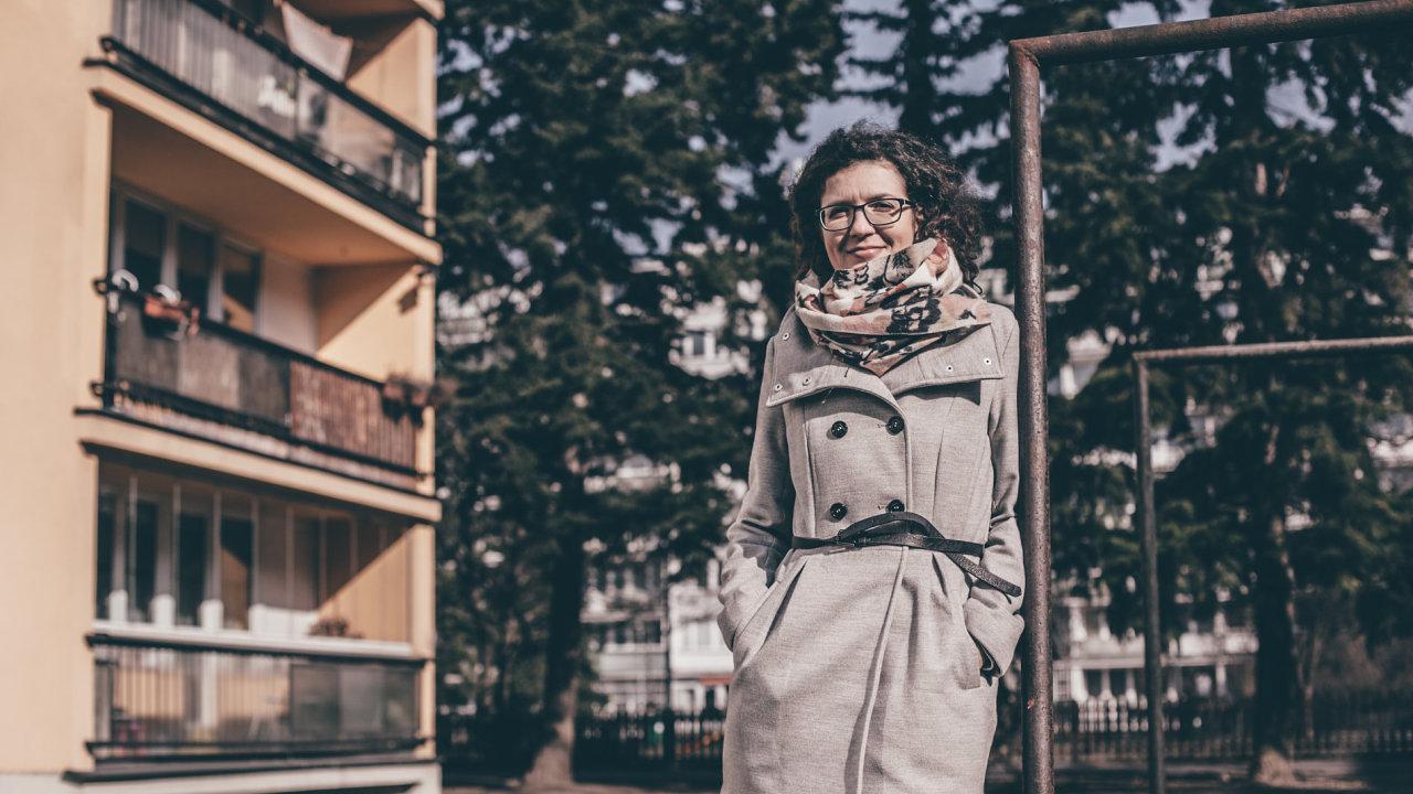 Historička architektury Martina Koukalové se společně s dalšími podílela na projektu Paneláci, který pět let zkoumal česká sídliště.
