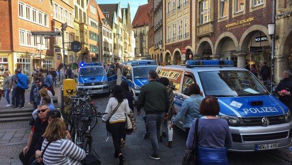 Německá policie místo činu uzavřela.