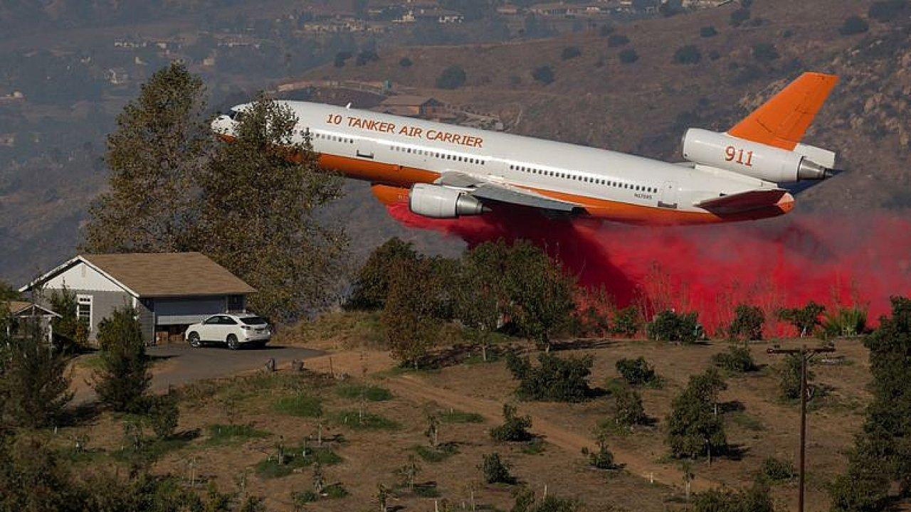 Nejhorší požáry v dějinách Kalifornie. Počet obětí stále stoupá.