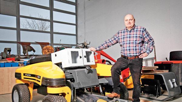 Traktory bez řidiče budou na trhu dříve než autonomní auta 3e57c356b1