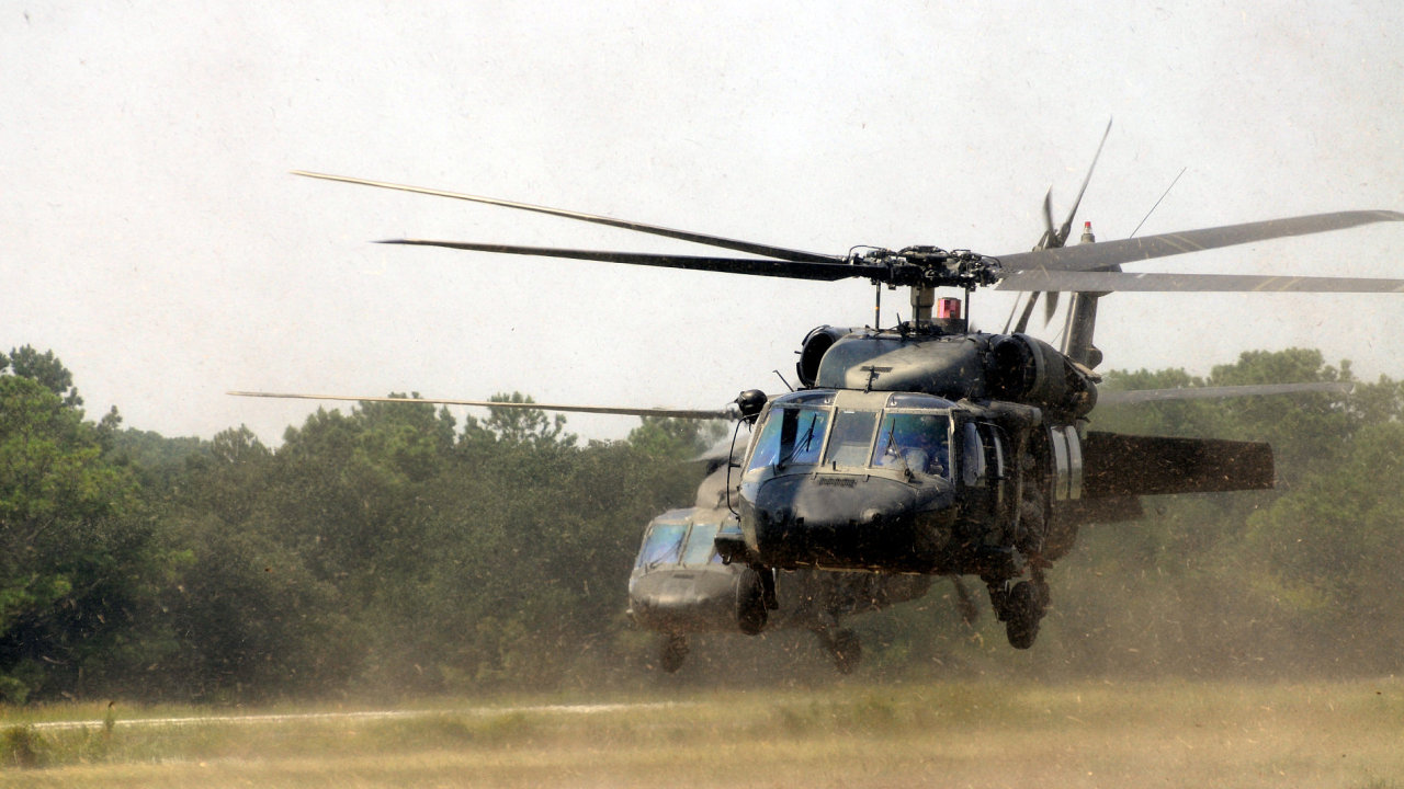 Black Hawk Sikorski UH-60