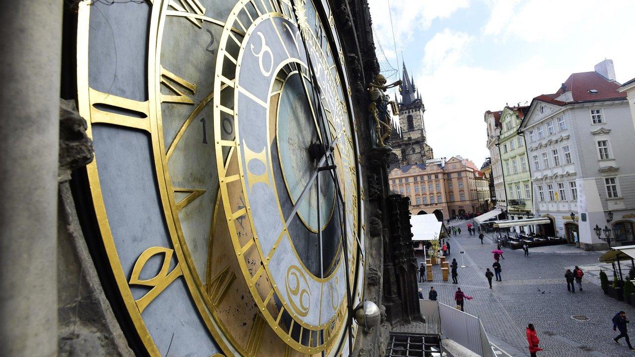 Staroměstská věž, orloj, Praha, Staroměstské náměstí - Ilustrační foto.