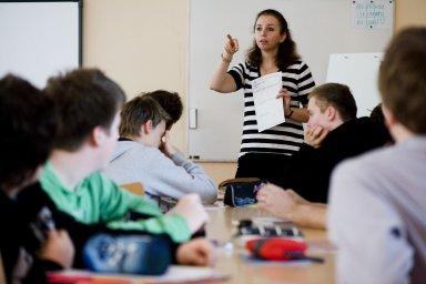 Školám a především ředitelům by měl pomoct technický ředitel, který by převzal část povinností - Ilustrační foto.