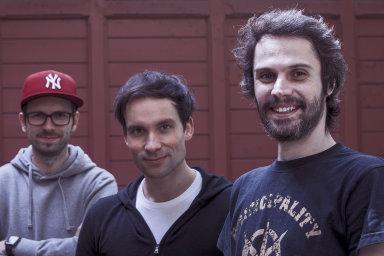 Hru Beat Saber vytvořili (zleva) Ján Ilavský, Jaroslav Beck aVladimír Hrinčár. Zatímco Ilavský sHrinčárem mají na starosti programování, Beck kní skládá hudbu.