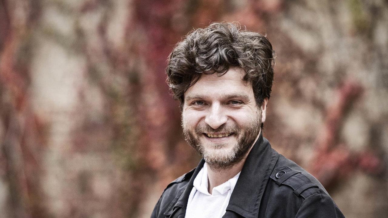 Zástupce ředitele Ústavu hospodářských asociálních dějin naFF UK Jakub Rákosník