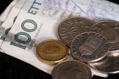 Švédsko je zemí, která má jeden z nejnižších podílů plateb hotovostí na světě. Místní centrální banka tak chce přijít s digitální alternativou papírových s kovových korun.