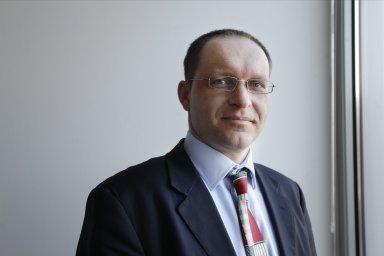 Radek Laštovička, Ernst & Young