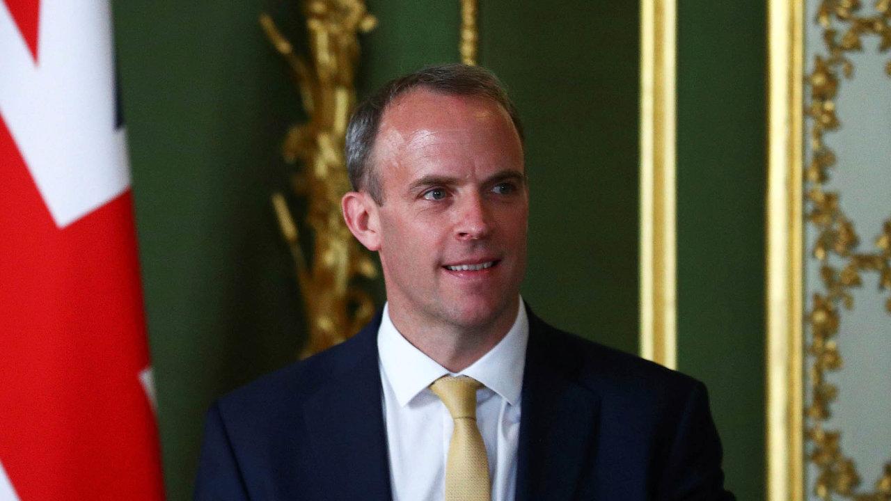 Britská vláda neviděla žádné stopy úspěšného zasahování Ruska doreferenda ovystoupení zEU zroku 2016, prohlásil britský ministr zahraničí Dominic Raab.