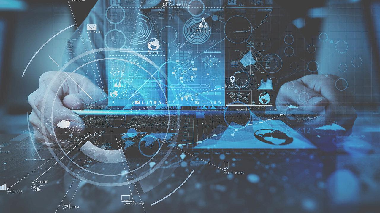 Indická společnost Infosys, která má sdigitalizací firem bezmála čtyřicetileté zkušenosti, koupila včeském podniku GuideVision stoprocentní podíl.