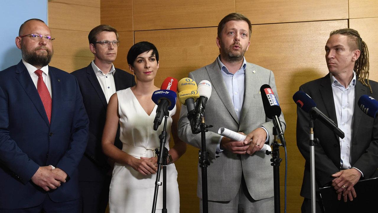 Šéfové jsou pro: Oba předsedové, pirát Ivan Bartoš iVít Rakušan zeSTAN, jsou pro spojenectví.