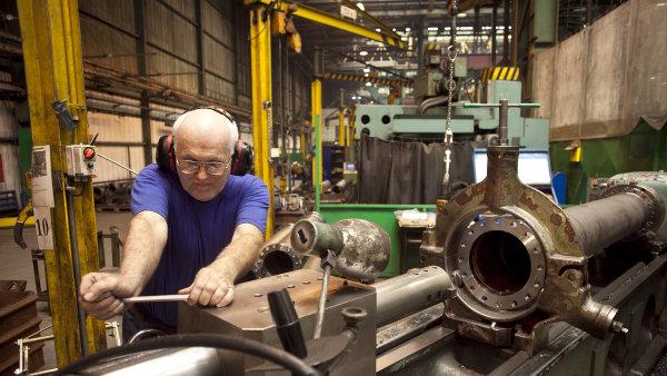Investice šly hlavně do výroby aut a strojírenství. Vzniknout může až 12 tisíc nových pracovních míst - Ilustrační foto.