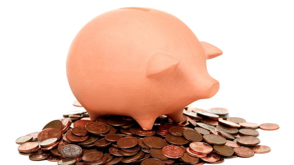 Češi investují více do cenných papírů, které jim zajistí příjem ve stáří.