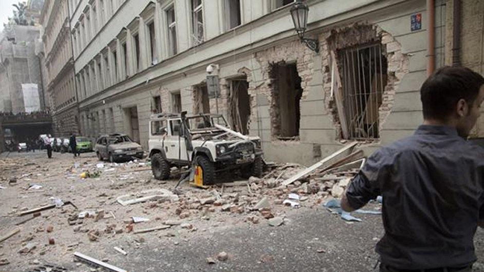 Výbuch v Divadelní ulici v Praze