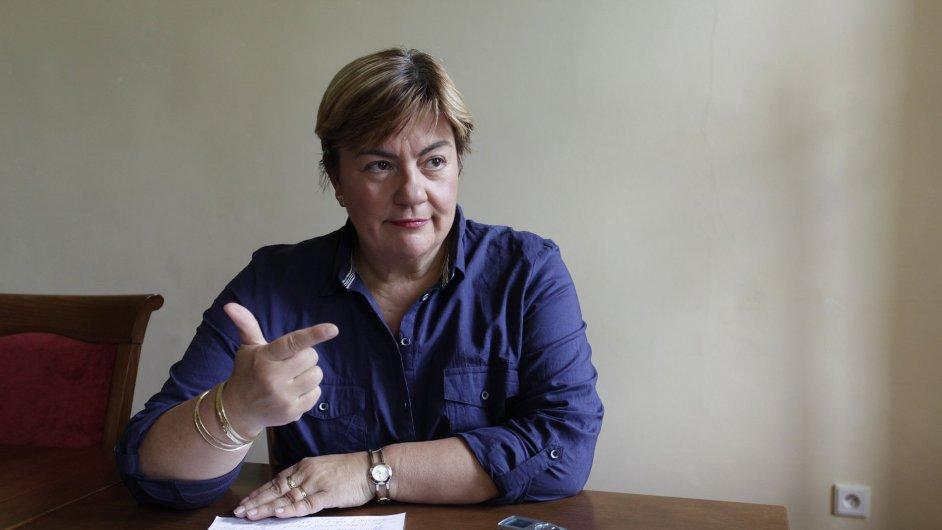 Členka výboru Yvona Charouzdová.