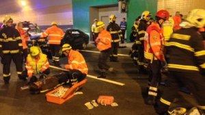Cvi�en� hasi��, z�chran��� a policist� v tunelu Blanka