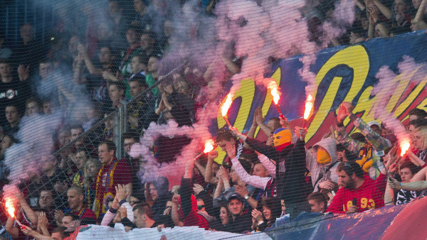 Soud se týká zápasu z dubna 2014, kdy Slavia hrála se Spartou.
