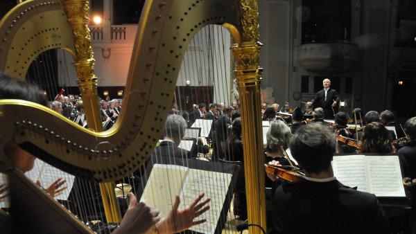 Nejdivočejší byl výklad dirigenta Paava Järviho ve Vltavě.