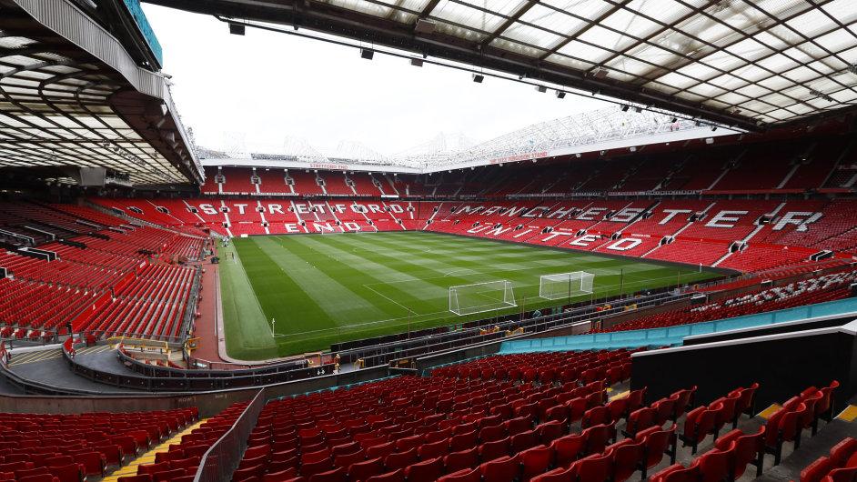 Stadion Manchesteru United Old Trafford.