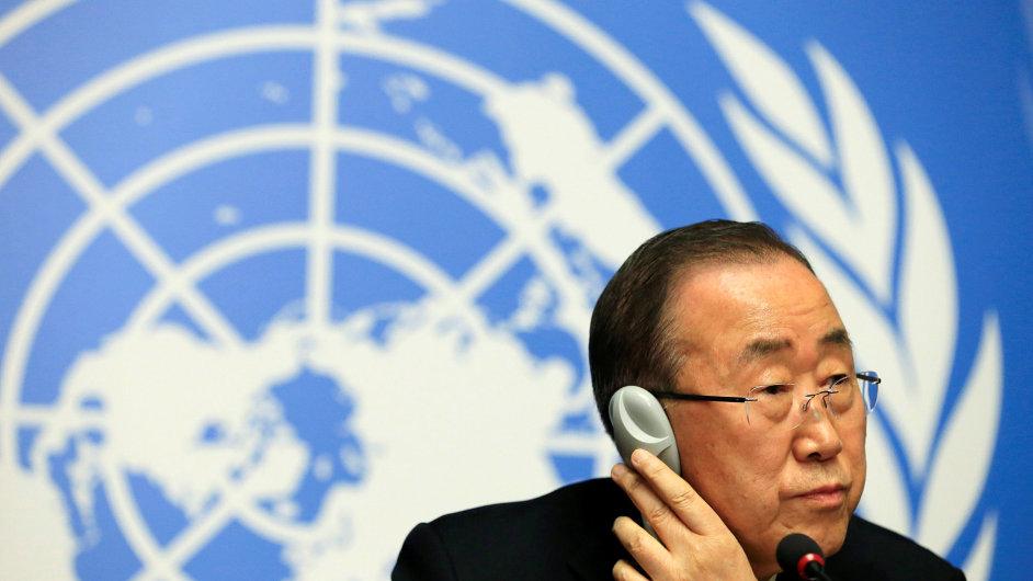 Generální tajemník OSN Pan Ki-mun slíbil vyšetření incidentu s humanitárním konvojem v Sýrii.