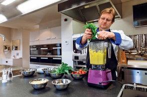 Pesto. Jak se připravuje pravá italská bazalková pochoutka?