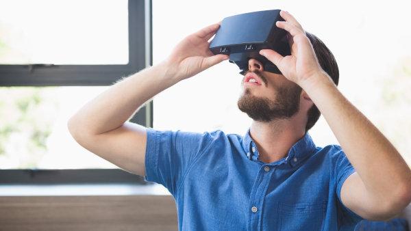 Klienti mají možnost si byt prohlédnout prostřednictvím virtuální reality - Ilustrační foto.