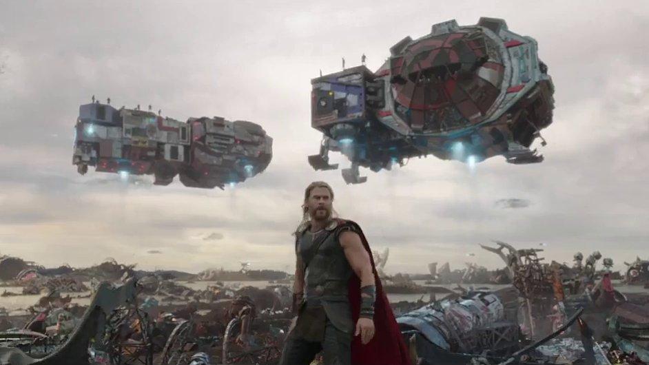 Film Thor: Ragnarok do českých kin vstoupí 26. října.