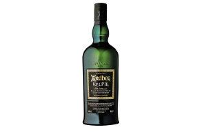 Whisky Ardbeg Kelpie decentně voní rašelinným kouřem a chutná po zralých plodech