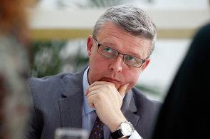 Aby řemeslo přežilo do budoucna, musí české školství i zákony projít několika změnami, říká předseda Asociace malých a středních podniků a živnostníků Karel Havlíček.